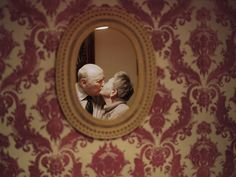 "CAPTION Lauren Fleishman, ""Yevgeniy and Lyubov Kissin, Brooklyn, New York"" This is an image from my series ""Love Ever After,"" which documents the love stories of couples that have been together more than five decades. Ever After, Moving Photos, Old Couples, Elderly Couples, Married Couples, Growing Old Together, Lasting Love, Valentine Day Special, Valentines"
