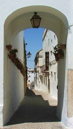 Beautiful archway, Arcos de la frontera, Andalucía, Spain. via Flickr.  http://www.costatropicalevents.com/en/costa-tropical-events/andalusia/welcome.html