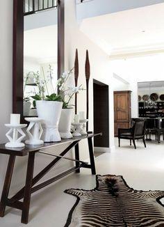 11x wonen in Afrikaanse sferen Style At Home, Home Interior, Interior Decorating, Modern Interior, African Interior Design, Ethno Design, Halls, African Home Decor, Tribal Decor