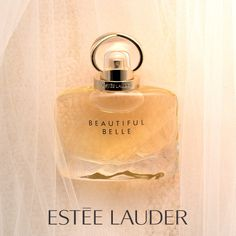 Beautiful Belle - Eau de Parfum Spray Behind every modern bride, there's a sparkling and unexpected Perfume Diesel, Best Perfume, Perfume Bottles, Diy Wedding Video, Perfume Scents, Perfume Collection, Fragrance Mist, Parfum Spray, Nail Ideas