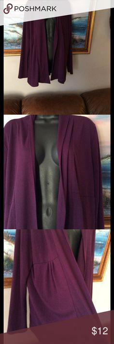 💞Long cardigan 💞purple preowned In used condition, showing lint on materials , no holes,,smoke free home, on the end 💥nice💥 St. John's Bay Sweaters Cardigans