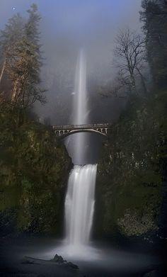 Moonlight in Multnomah Falls, Oregon
