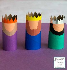 three kings day craft made from paper towel rolls. This is a great craft for kids for Three Kings Day or Dia de Reyes. Kids Crafts, Family Crafts, Crafts For Kids To Make, Craft Stick Crafts, Craft Kids, Christmas Paper Crafts, Christmas Activities, Kids Christmas, Holiday Crafts