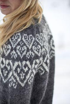 Ravelry: Sweetheart pattern by Linnea Ornstein