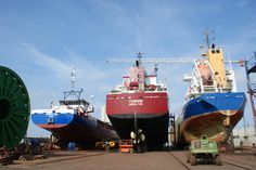 http://koopvaardij.blogspot.nl/2017/08/24-augustus-2017-bij-damen-shiprepair.html    24 augustus 2017 bij Damen Shiprepair Harlingen B.V.    FRISIAN INO - TASMAN - NINA