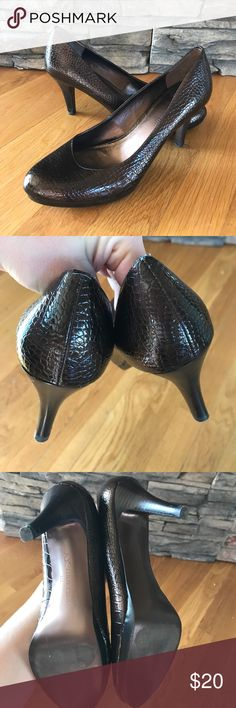 Anne Kleine Bronze heels EUC! No scuffs or marks! Just a few superficial marks on the soles from wearing a few times! Heels are 3 inches. Anne Klein Shoes Heels