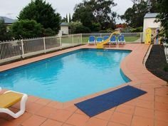 Phillip Island Woodbyne Cottages Australia, Pacific Ocean and Australia The 3.5-star Woodbyne Cottages offers comfort and convenience whether you're on business or holiday in Phillip Island. Both business travelers and tourists can enjoy the hotel's facilities and services. Ticket service, express check-in/check-out, luggage storage, car park, airport transfer are on the list of things guests can enjoy. Comfortable guestrooms ensure a good night's sleep with some rooms featuri...