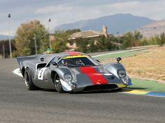 Lola-T70-Mk3B-Coupe-Chevrolet_7