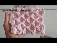 Making a Baby Blanket with Velvet Rope - Hakeln Crochet Bebe, Crochet Hats, Free Baby Blanket Patterns, Sunflower Tattoo Design, Moda Emo, Homemade Beauty Products, Transformation Body, Baby Knitting, Arm Warmers