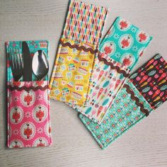 Cutlery pockets made with 'Vintage Kitchen'. Tutorial here: http://www.sameliasmum.com/2015/11/cutlery-pockets-tutorial-handmade.html#.VrMUFbJ96Uk