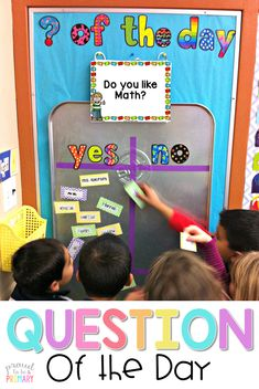 Need a fun classroom management activity to get kids focused and ready for the day? Teachers can set-up a DIY Question of the Day board with a drip pan and a few simple materials. Kids will love reading the different questions posted each school day! Classroom Organisation, Classroom Design, Future Classroom, Ks1 Classroom, Primary Classroom Displays, Classroom Attendance, Classroom Display Boards, Display Boards For School, Kindergarten Classroom Setup
