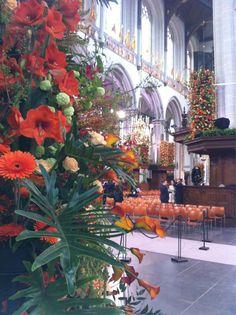 / SandraHVNL: En kijk wat ziet de Nieuwe Kerk er mooi uit.