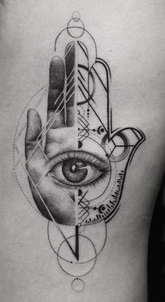 30 Hamsa Tattoos Pictures for Inspiration - Photos and Tattoos - 30 Hamsa Tattoos Pictures for Inspiration – Photos and Tattoos - Alien Tattoo, Mädchen Tattoo, Leg Tattoos, Body Art Tattoos, Sleeve Tattoos, Script Tattoos, Sanskrit Tattoo, Arabic Tattoos, Little Tattoos