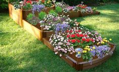 20 DIY Flower Bed Ideas For Your Garden