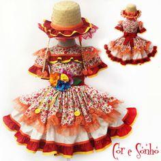Vestido exclusivo para a festa Junina de meninas. Little Girl Dresses, Little Girls, Girls Dresses, Summer Dresses, Country Dresses, Children's Boutique, Beautiful Children, Little Princess, Kids Wear