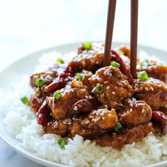 THE BEST Lighter General Tso's Chicken - A lightened-up, baked ...
