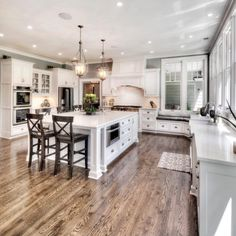 Ideas Home Dream Kitchen Layout Kitchen Layouts With Island, Farmhouse Kitchen Island, Kitchen Islands, Kitchen Island With Stove, Kitchen White, Küchen Design, Design Ideas, Design Interior, Interior Designing