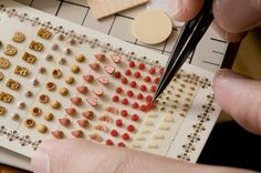 Tomo Tanaka Nunu's House selection for adding to finished work. Miniature Rooms, Miniature Crafts, Polymer Clay Miniatures, Dollhouse Miniatures, Dollhouse Ideas, Mini Craft, Tiny Food, 3d Prints, Miniture Things