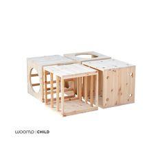 Para nuestra línea de mobiliario infantil utilizamos materiales respetuosos con el medio ambiente y con la salud de los niños: - Madera natural de abeto - Tornillos de Zinq y Niquel - Acabado en barniz al agua Satinado (Opcional) - Producto artesanal ................................ Características: Conjunto de cubos de estructuras que forma parte del laberinto, inspirada en las propuestas pedagógicas de Emmi Pikler, basadas en el respeto y la confianza por las capacidades y la autono...