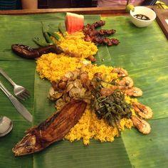 Boodlefest @ seafood island Filipino Recipes, Seafood, Wreaths, Foods, Island, Home Decor, Garlands, Food Food, Block Island