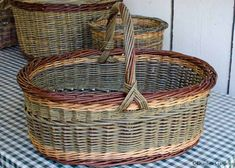 Elena's willow basket - nice, even weaving of a tough fiber!
