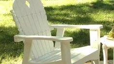 Adirondack rocking chair white - Woodworking Challenge Adirondack Rocking Chair, Rocking Chair Plans, Adirondack Furniture, Outdoor Furniture, Woodworking Bed, Woodworking Workshop, Woodworking Classes, Leather Apron, Outdoor Chairs