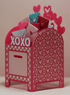 Adorable DIY Valentine Box Ideas (8)