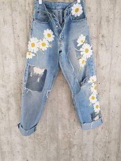 Vintage Levis 501s Levis 501 XX Boyfriend Jeans Button image 1