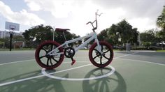 Here's a closer look at the new Life EV electric BMX bike. Learn more here => https://igg.me/at/ebmx/x