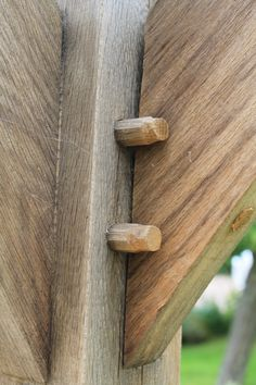 Round Wood of Mayfield's Oak Pergola Joinery and Pegs