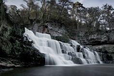 Beautiful Scottish waterfalls, magic! |Location Scotland #LifeHasPerks