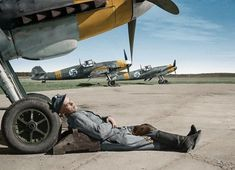Finnish Airforce LeLv Messerschmitt and 24 April 1943 at Utti, Finland. Luftwaffe, Military Jets, Military Aircraft, Fighter Pilot, Fighter Jets, Finland Air, Finnish Air Force, Photo Avion, Ww2 Photos