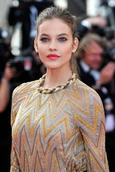 Want to get Barbara Palvin's look? Just use Nutrishine Pink Rose, Super Liner Felt Liner and Lash Architect 4D Mascara