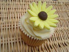 Sunflower cupcake