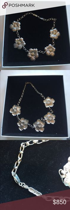 Buccellati daisy silver and gold necklace From the amazing daisy collection by Buccellati! Never been worn! The center of the daisies are 18 k gold. Buccellati Jewelry Necklaces