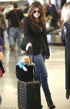 Lisa Vanderpump and Giggy.. travel in style..