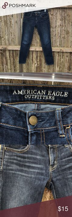 AMERICAN EAGLE JEGGINGS AE Jeggings barley worn and in great condition! Super comfortable. Medium/dark wash. Size: 2 Regular. Comes from a smoke free home. American Eagle Outfitters Jeans Skinny
