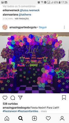 80s Birthday Parties, Neon Birthday, Sweet 16 Birthday, Birthday Party Themes, Glow In Dark Party, Glow Stick Party, Sweet 16 Party Decorations, Girl Birthday Decorations, Neon Party Themes