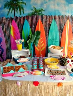 Luau Birthday Party Ideas - Hawaii Party Jun PM If you are on the search for luau birthday party ideas, you have come to the right place. For my daughter's ninth birthday, she requested a Hawaiian theme Aloha Party, Hawai Party, Luau Theme Party, Hawaiian Luau Party, Hawaiian Birthday, Tiki Party, Luau Birthday, Festa Party, Hawaiin Party Ideas