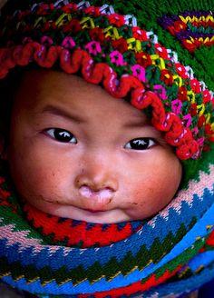 H'Mong babygirl - mũ mèo nhỏ by linh.ngan, via Flickr