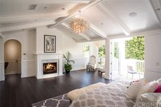 See this home on @Redfin! 4248 Babcock Ave, Studio City, CA 91604 (MLS #SR15232696) #FoundOnRedfin