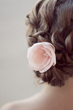 HAIR. YES. Photography by ivy-weddings.com,