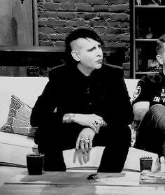 gif cutie Marilyn Manson 2013 Talking Dead