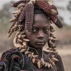 Dressed with nature, Mursi Tribe, Omo Valley, Ethiopia. African Tribes, African Women, African Art, Mursi Tribe, Arte Tribal, Indigenous Art, African Culture, Tribal Fashion, African Beauty