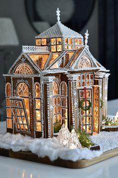 Christmas Gingerbread House, Noel Christmas, Christmas Crafts, Gingerbread Houses, Food Design, Ginger House, Christian Christmas, Paper Houses, Holiday Recipes