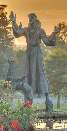 Statue of Saint Francis of Assisi, in Forest Park, Saint Louis, Missouri