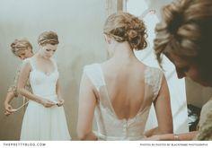 beautiful Vesselina Pantcheva wedding gown #romantic #lace #boho