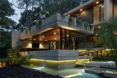 Entreparotas House in Colima, Mexico designed by Di Frenna Arquitectos Modern Architecture House, Amazing Architecture, Pavilion Architecture, Sustainable Architecture, Residential Architecture, Interior Architecture, Concrete Steps, Luxury Dining Room, Pool Designs