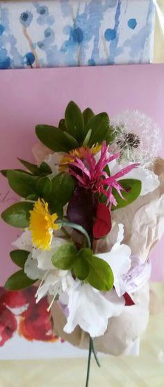 Make a wish~Spray hairspray on your dandelions!