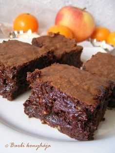 Barbi konyhája: A legcsokisabb Brownie Cookie Recipes, Dessert Recipes, Snacks Dishes, Salty Snacks, Food Cakes, Winter Food, Creative Food, Sweet Recipes, Food To Make